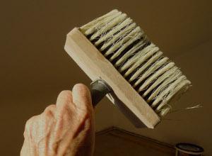 Raufaser tapezieren anleitung in 8 schritten jobruf for Glasfasertapete streichen